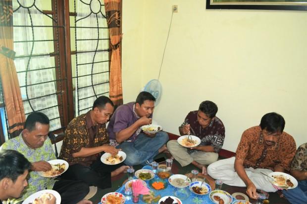 Mari Makan
